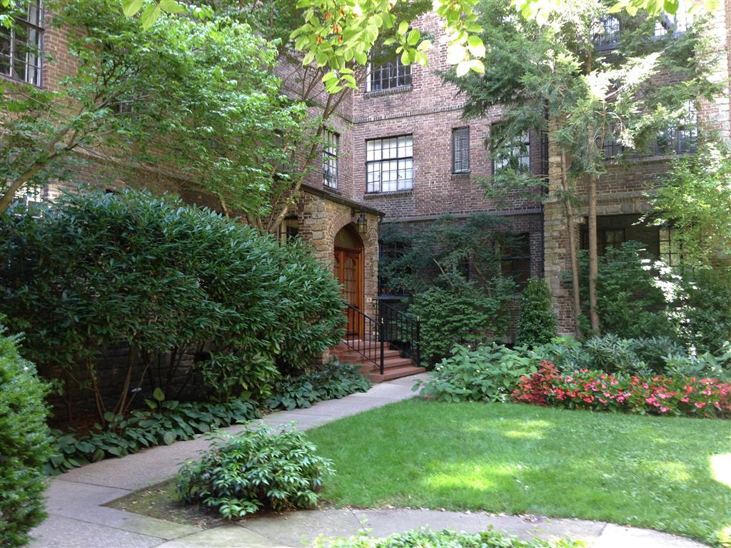 116 Pinehurst Avenue Hudson Heights New York NY 10033