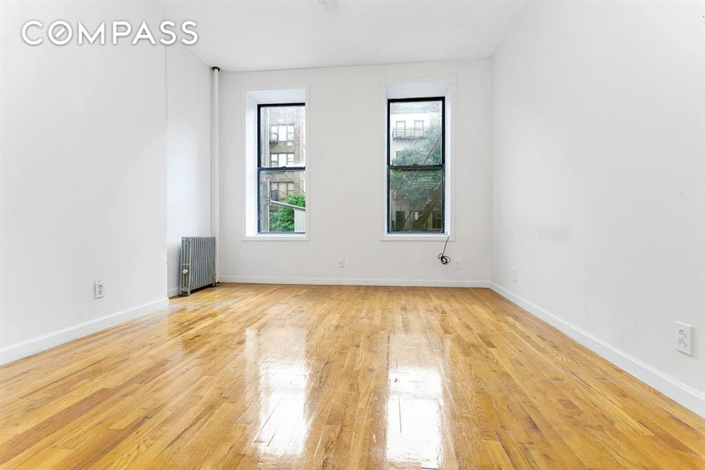 1586 First Avenue Upper East Side New York NY 10028