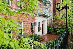 25 Minetta Lane Greenwich Village New York NY 10012