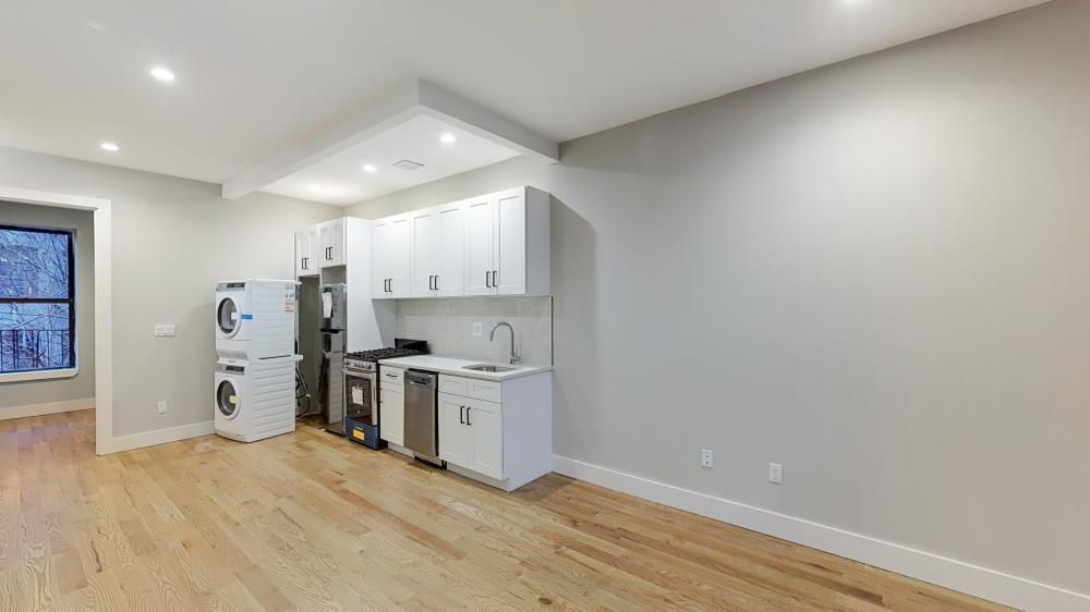 234A Vernon Avenue Bedford Stuyvesant Brooklyn NY 11206