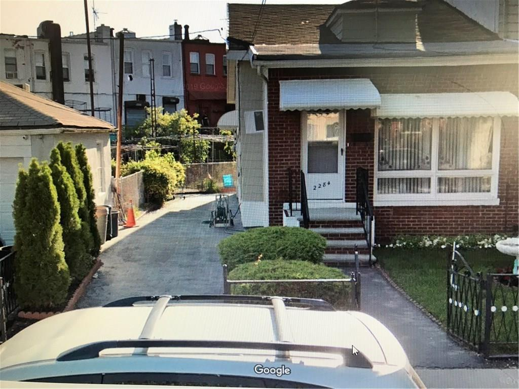 2284 West 6 Street Gravesend Brooklyn NY 11223