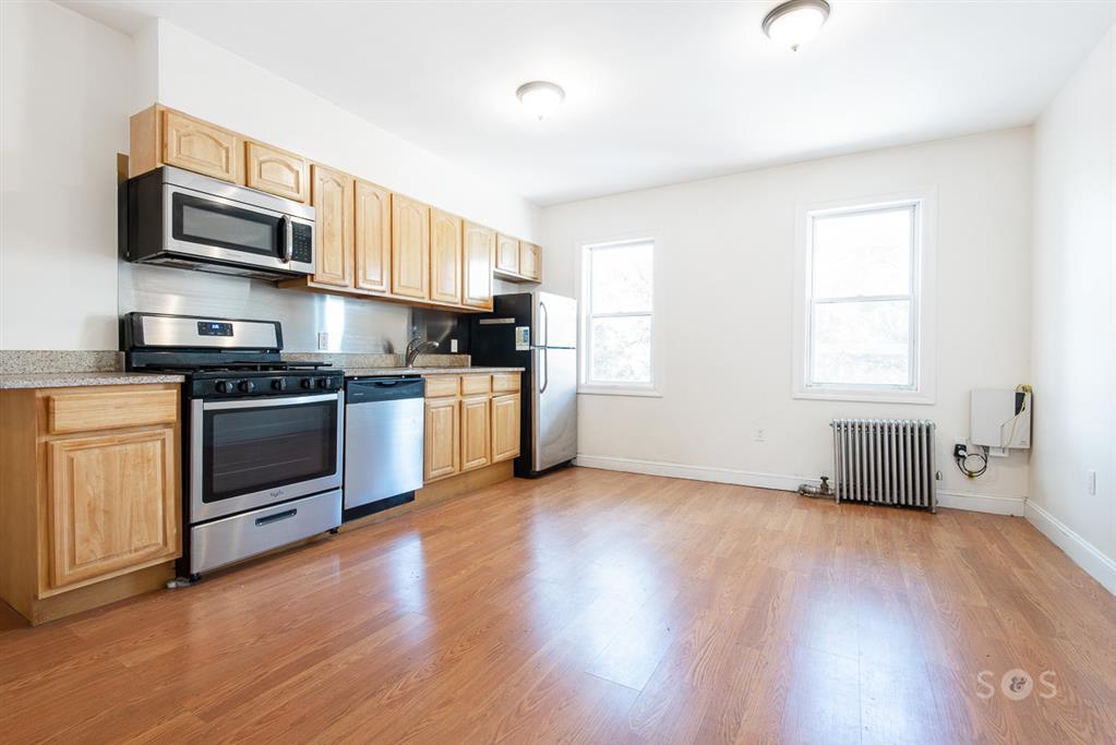 39 India Street Greenpoint Brooklyn NY 11222