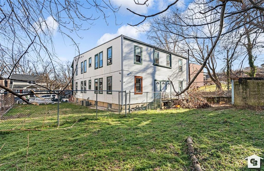 28 Kingsley Place Tompkinsville Staten Island NY 10301