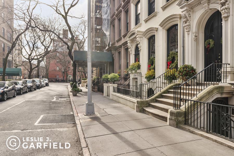 212 Columbia Heights Brooklyn Heights Brooklyn NY 11201