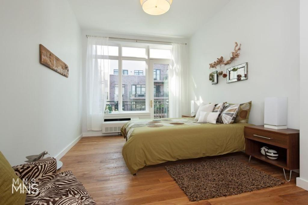 182 15th Street 2-C Park Slope Brooklyn NY 11215