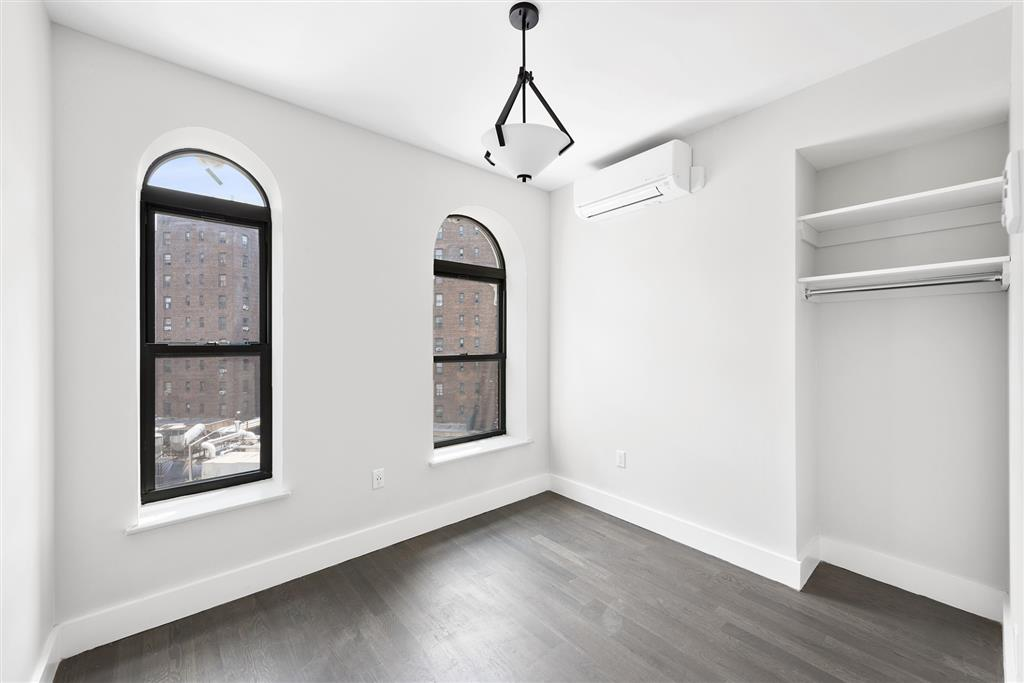 352 East 105th Street East Harlem New York NY 10029