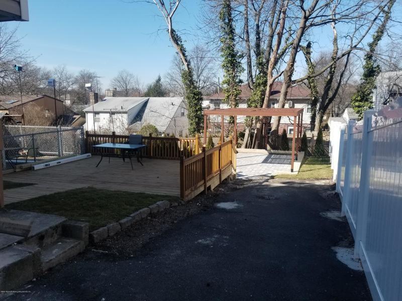 1035 Victory Boulevard Silver Lake Staten Island NY 10301