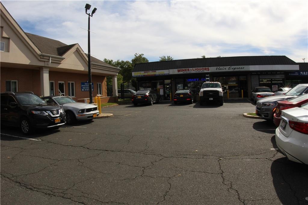 27 Seguine Avenue Staten Island NY 10309