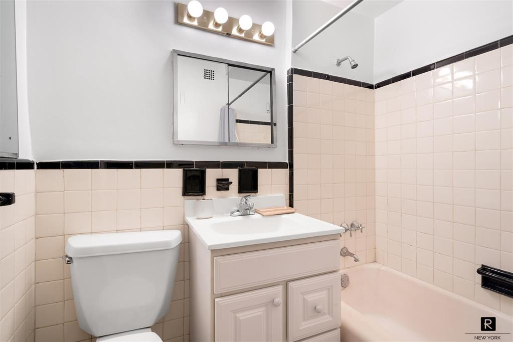 345 West 58th Street Lincoln Square New York NY 10019
