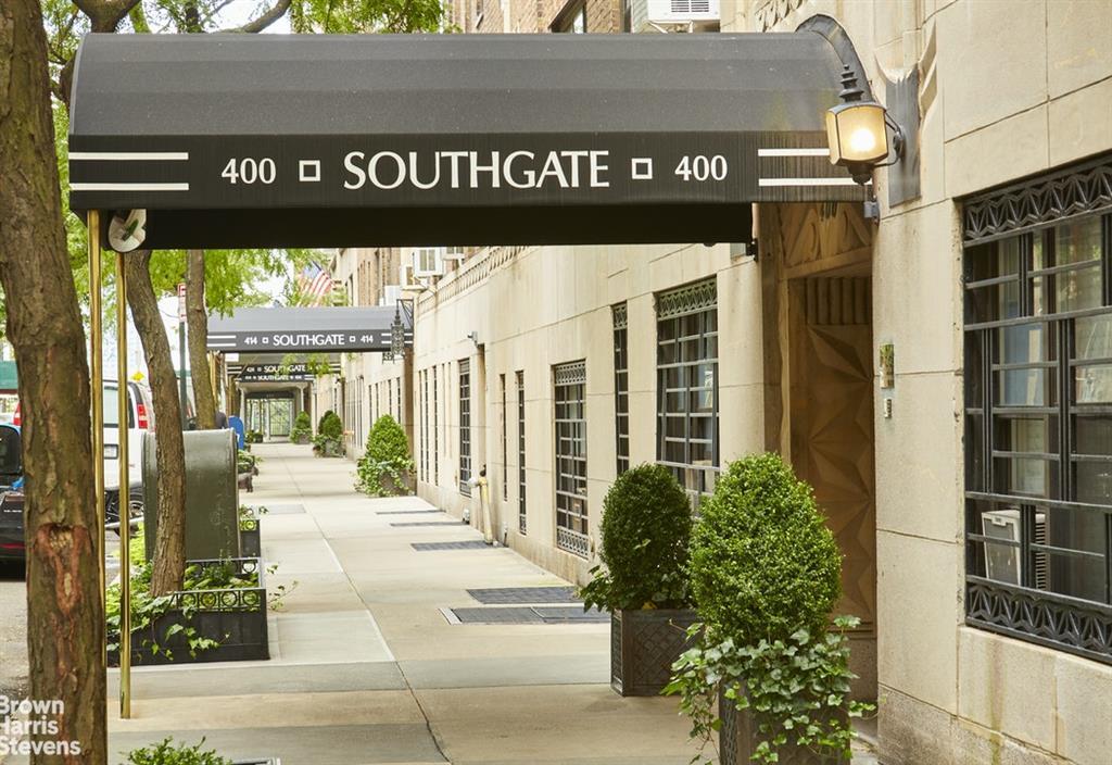 400 East 52nd Street Beekman Place New York NY 10022