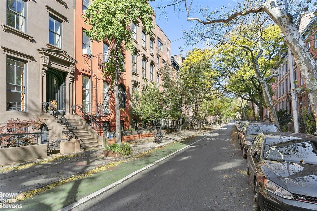 293 Henry Street Brooklyn Heights Brooklyn NY 11201