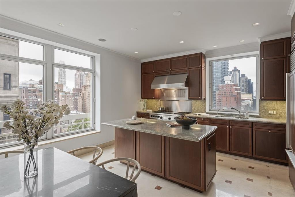 515 Park Avenue Upper East Side New York NY 10022
