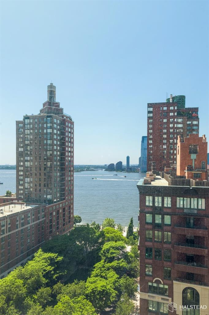 225 Rector Place Battery Park City New York NY 10280