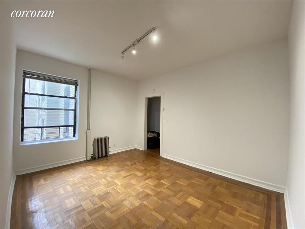 1087 Carroll Street b3 Crown Heights Brooklyn NY 11225