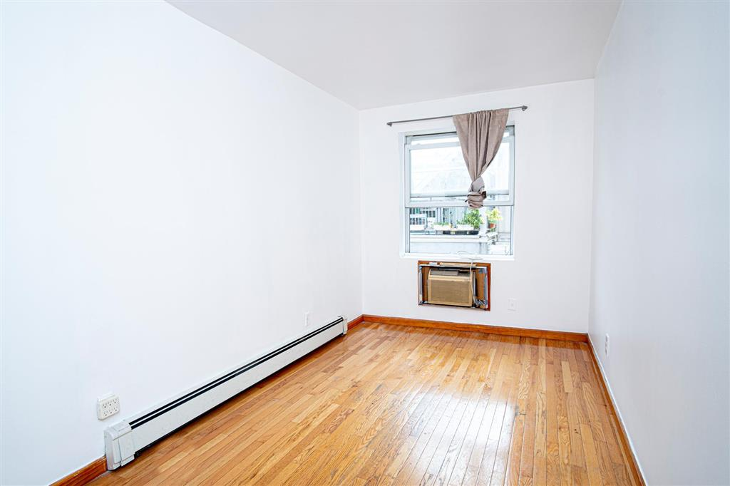 320 South 3rd Street Williamsburg Brooklyn NY 11211