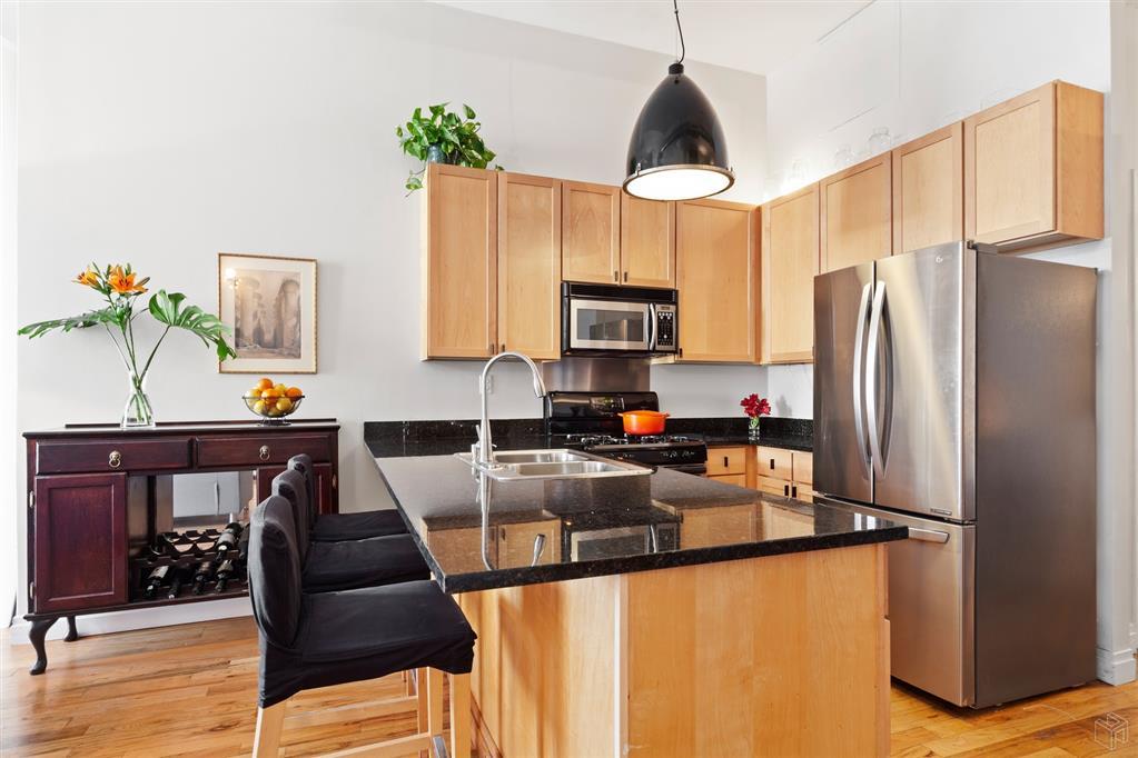 689 Myrtle Avenue Bedford Stuyvesant Brooklyn NY 11205