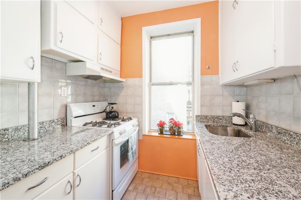 706 45 Street Sunset Park Brooklyn NY 11220
