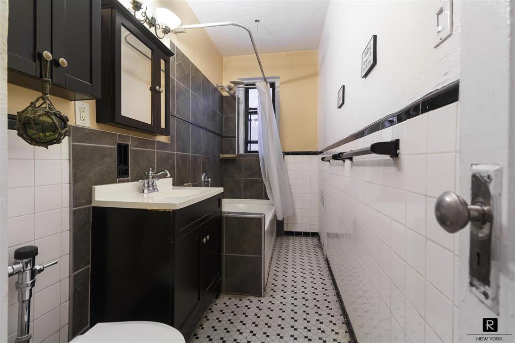 125 Hawthorne Street Prospect Leffert Gdn Brooklyn NY 11225