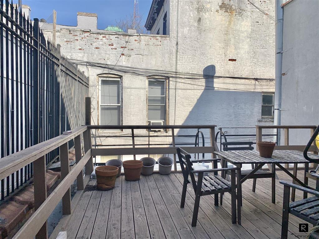 725 Fulton Street Fort Greene Brooklyn NY 11238