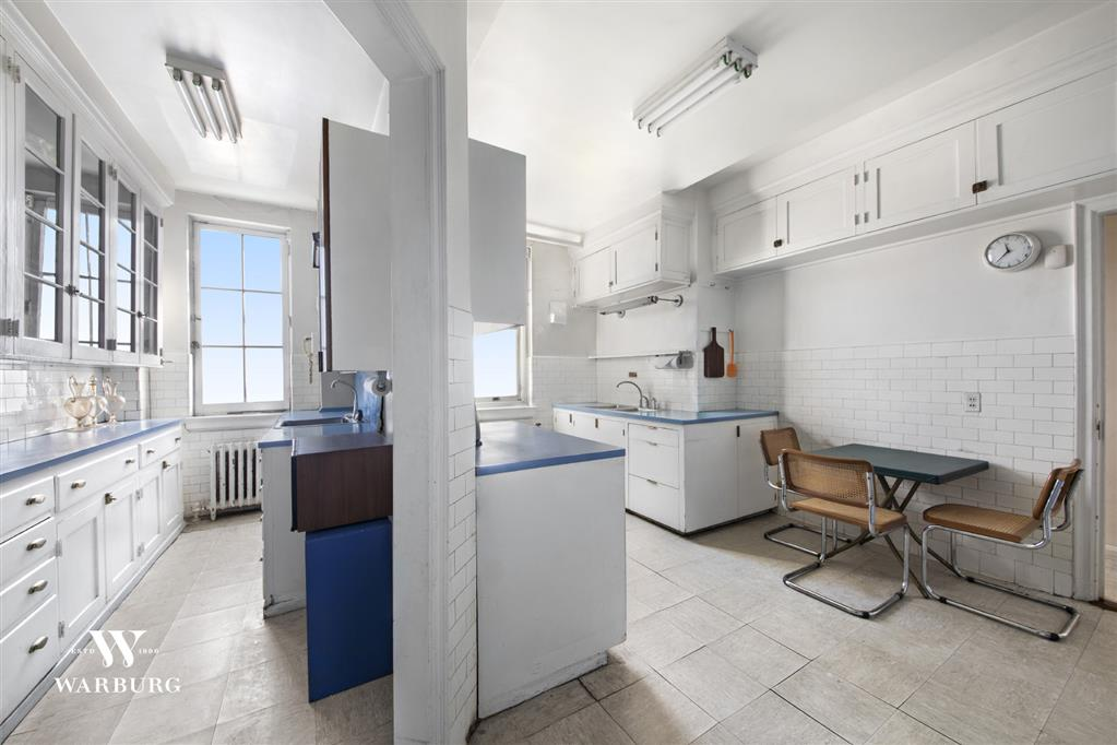 1 East End Avenue Upper East Side New York NY 10075