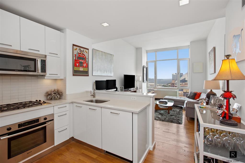 635 West 42nd Street Clinton New York NY 10036