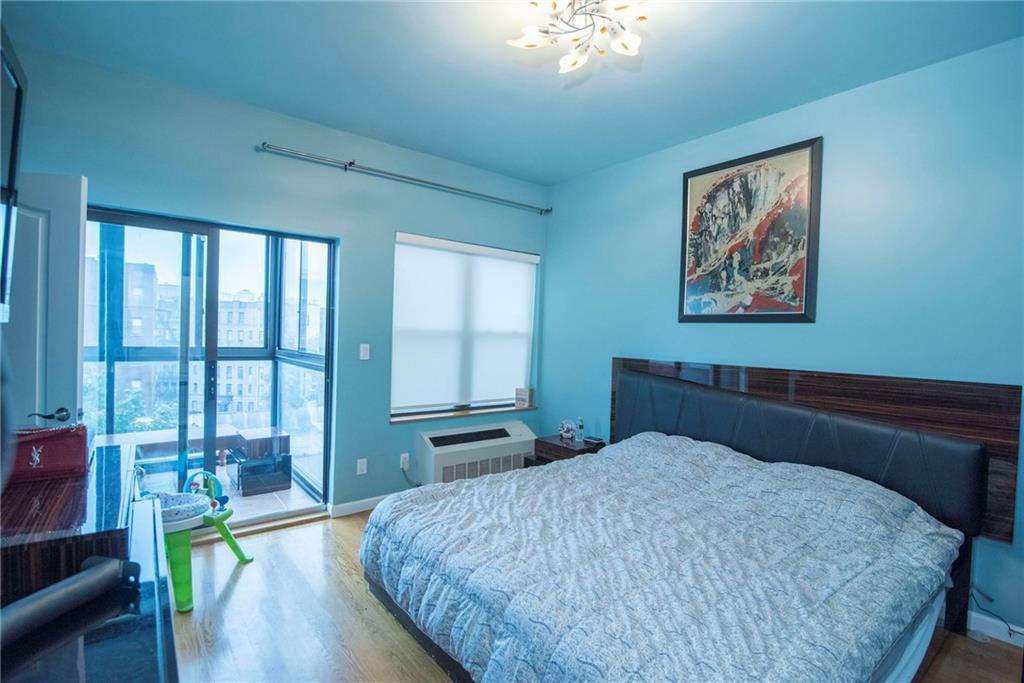 134 West End Avenue Manhattan Beach Brooklyn NY 11235