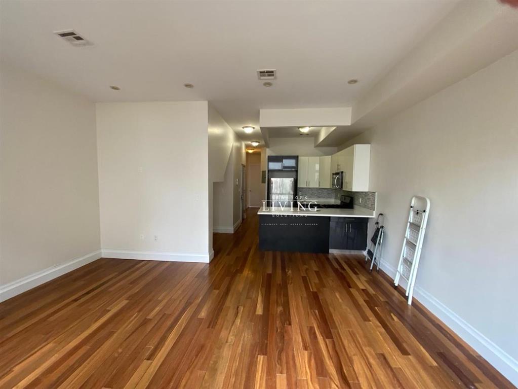 1185 Fulton Street Bedford Stuyvesant Brooklyn NY 11216