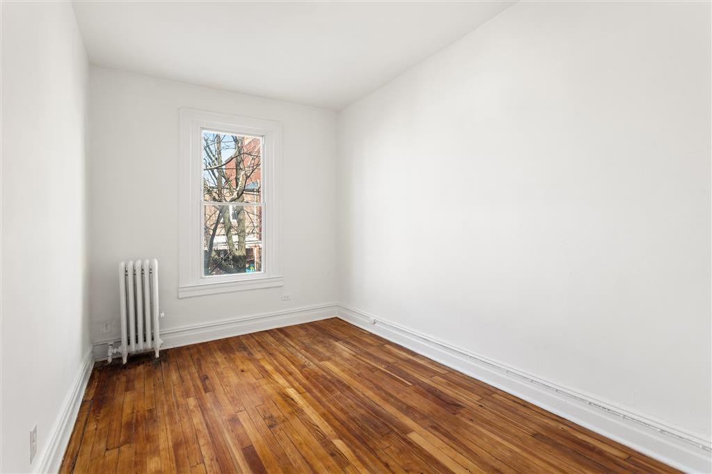 25-74 Steinway Street Astoria Queens NY 11103