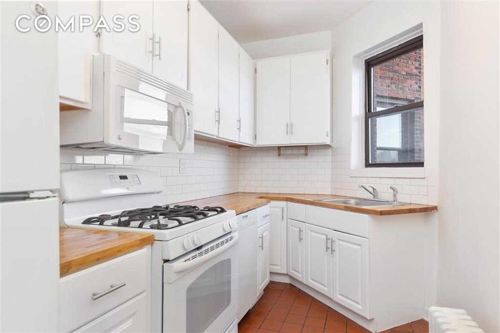 159-34 Riverside Drive West Washington Heights New York NY 10037