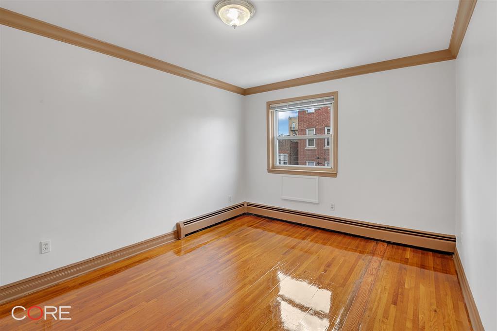 748 East 213th Street Williamsbridge Bronx NY 10467