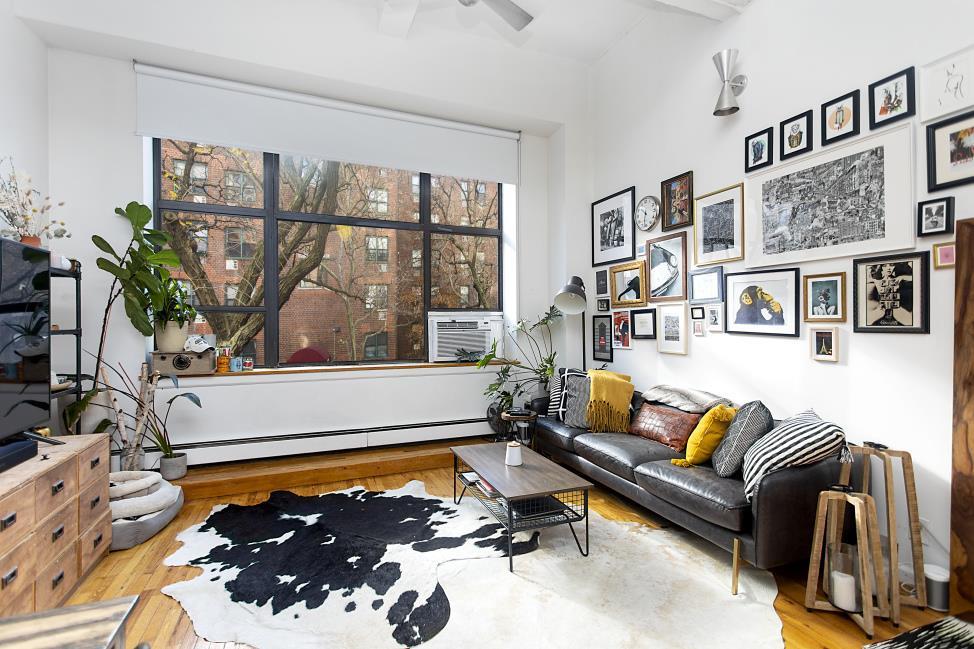 130 Barrow Street 207 W. Greenwich Village New York NY 10014