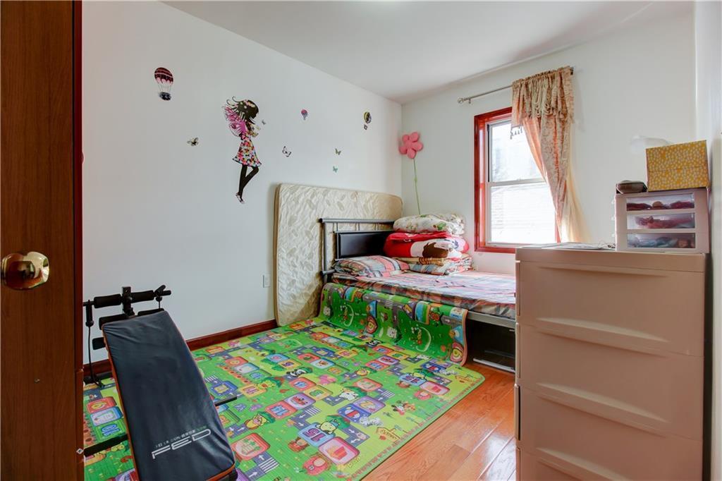 1054 Bay Ridge Parkway Dyker Heights Brooklyn NY 11228