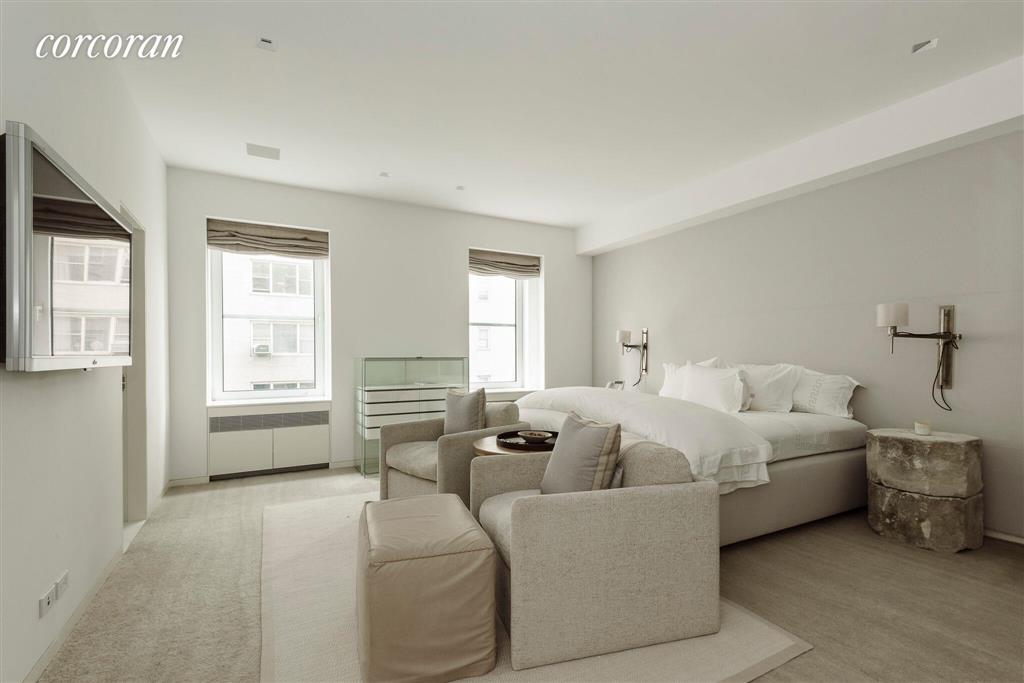 950 Fifth Avenue 3/4 Fl Upper East Side New York NY 10075