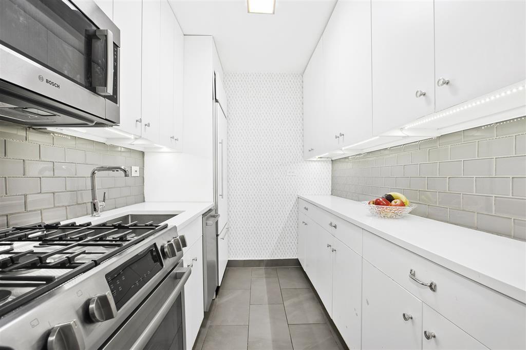 10 West 15th Street Flatiron District New York NY 10011