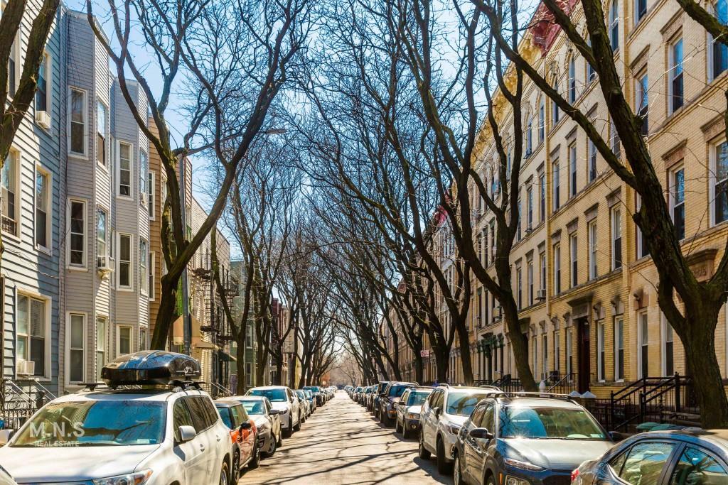 160 Guernsey Street Greenpoint Brooklyn NY 11222