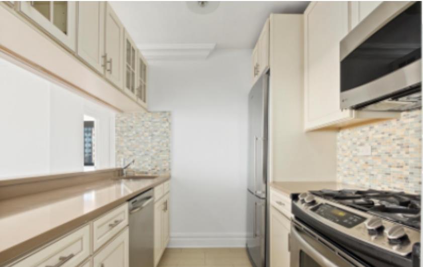 377 Rector Place Battery Park City New York NY 10280