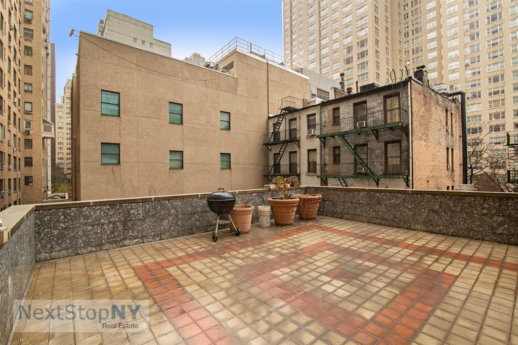 1074 Second Avenue Sutton Place New York NY 10022