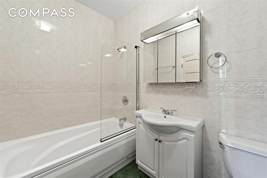 149 Spring Street Soho New York NY 10012