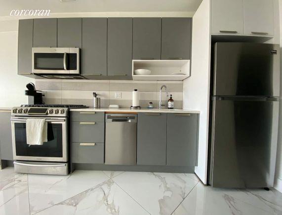 977 Manhattan Avenue Greenpoint Brooklyn NY 11222