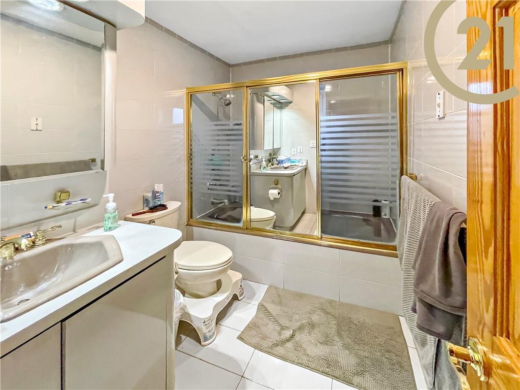 1300 Avenue S Homecrest Brooklyn NY 11229