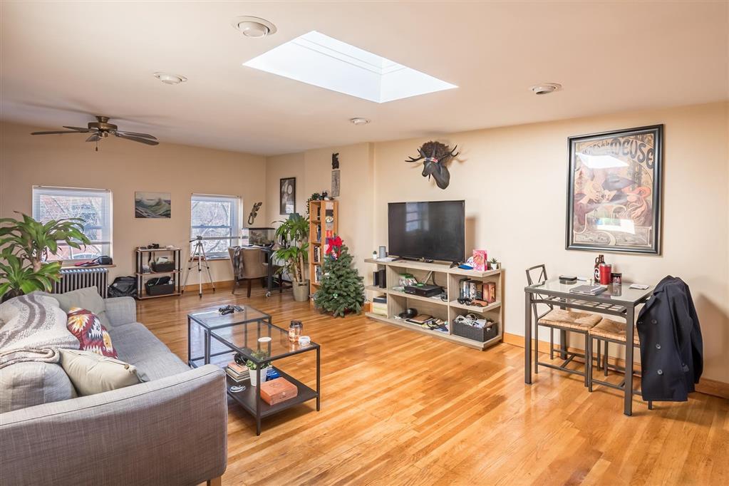516 Clinton Street Carroll Gardens Brooklyn NY 11231