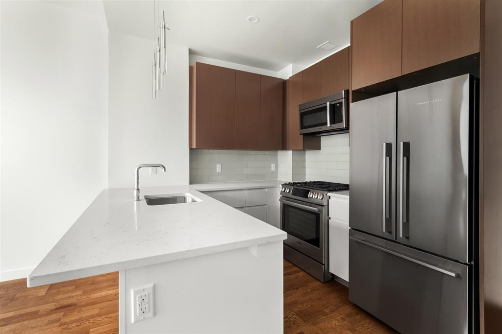 27-17 42nd Road Long Island City Queens NY 11101