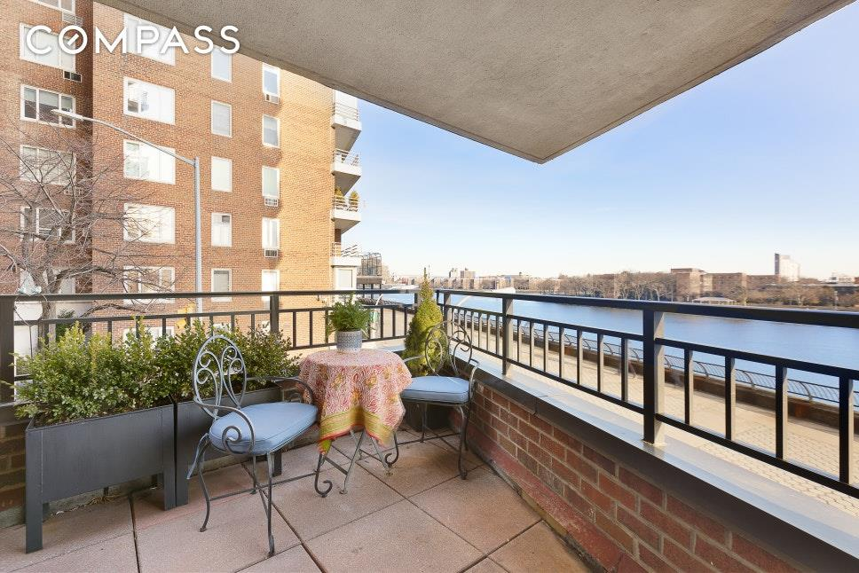 55 East End Avenue Upper East Side New York NY 10028