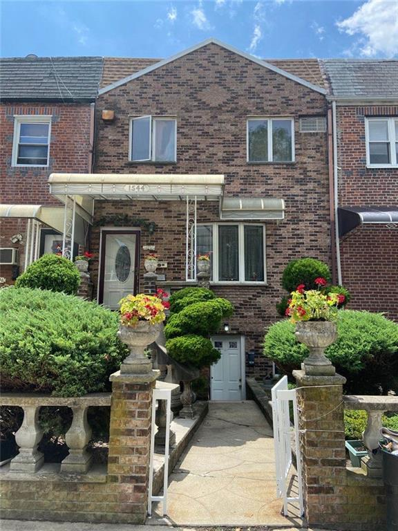 1544 83 Street Dyker Heights Brooklyn NY 11228
