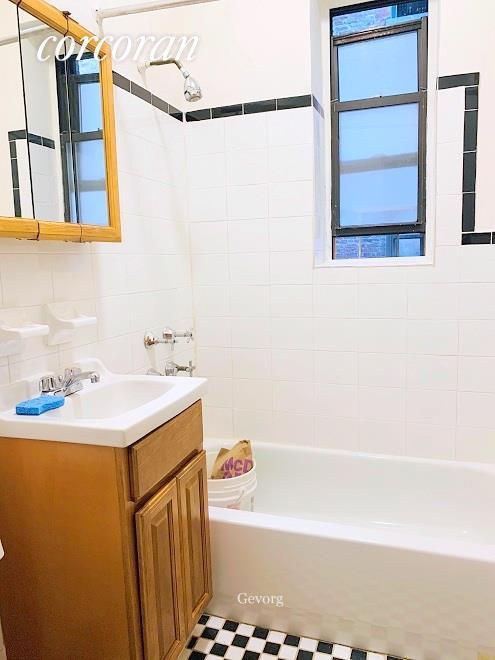 229 West 105th Street Manhattan Valley New York NY 10025