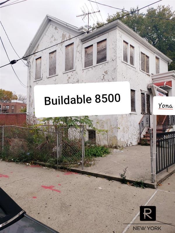 2257 McDonald Avenue Gravesend Brooklyn NY 11223