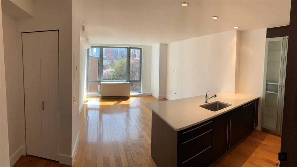 464 West 44th Street Clinton New York NY 10036