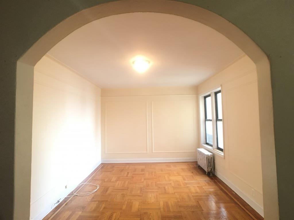 213 Bennett Avenue Washington Heights New York NY 10040