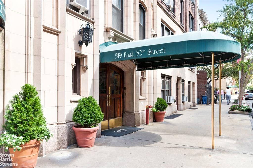319 East 50th Street Turtle Bay New York NY 10022