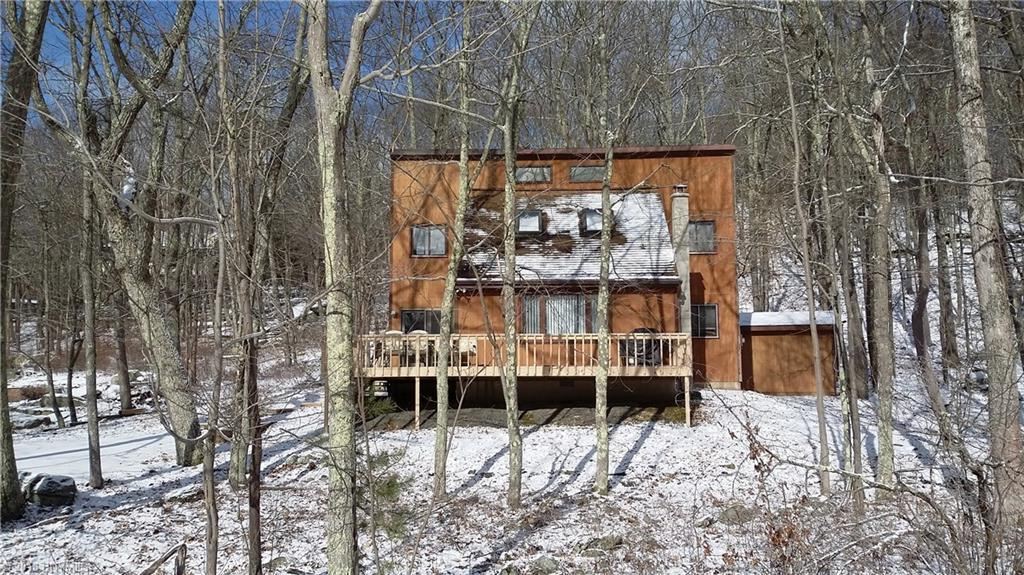 144 Lookout Drive Out of NYC Lords Valley PA 18428